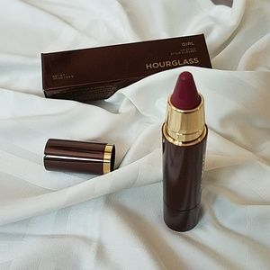 Hourglass girl lip stylo in liberator